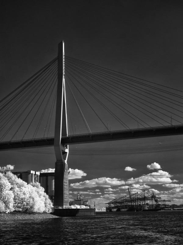Köhlbrandbrücke (I)