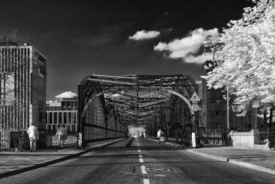 Hackerbrücke (II)