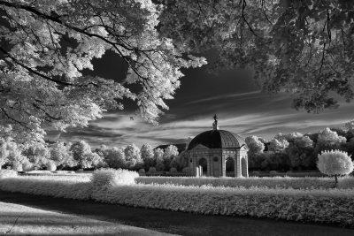 Pavillon im Hofgarten (II)